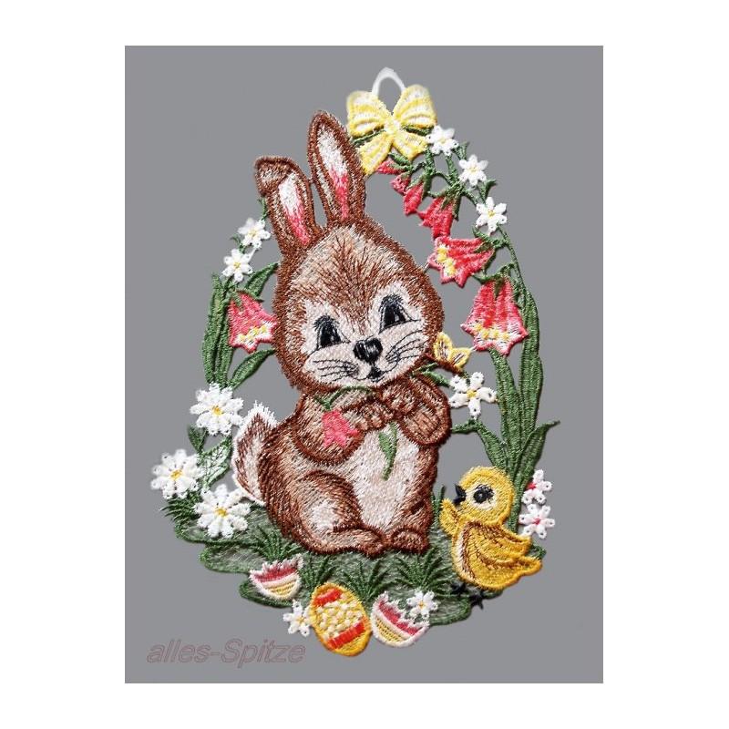Kleiner Hase mit Küken