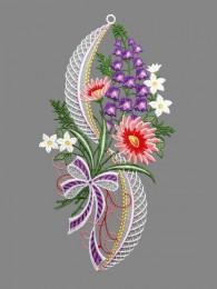 Dekorativer Blütenzweig aus Plauener Spitze in lia