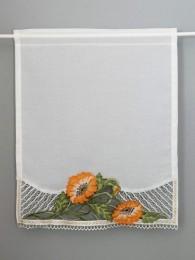 Hochwertiger Scheibenhänger mit einem eleganten Mohnblumen-Spitzenmotiv am unteren Rand.