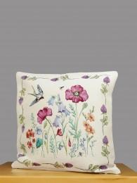 Klassische Gobelin-Kissenhülle mit detaillierten Blüten in zarten Farben.