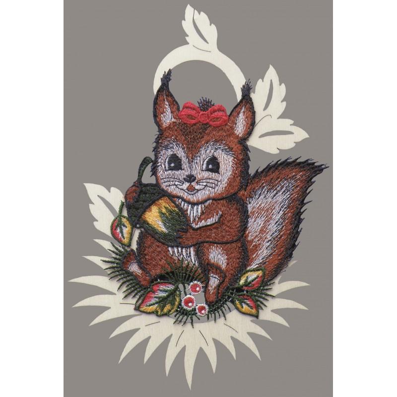 Eichhörnchen im Holzrahmen